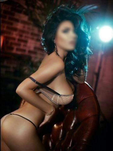 Sex advertentie van escort Nadia (21) in Amsterdam - Foto: 1