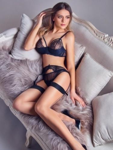 Sex advertentie van escort Sarrah (22) in Amsterdam - Foto: 4