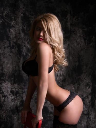 Sex advertentie van escort Chanel (21) in Amsterdam - Foto: 4