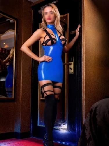 Sex advertentie van kinky meesteres escort Carina (25) in Amersfoort - Foto: 7