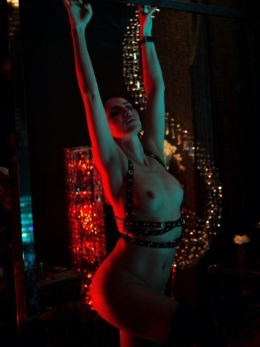 Sex advertentie van kinky meesteres Gina Doll (34) in Amersfoort - Foto: 7