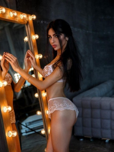Sex advertentie van escort Jasmin (24) in Amsterdam - Foto: 4
