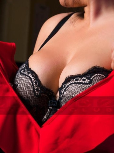 Sex advertentie van escort Amira (24) in Dordrecht - Foto: 3