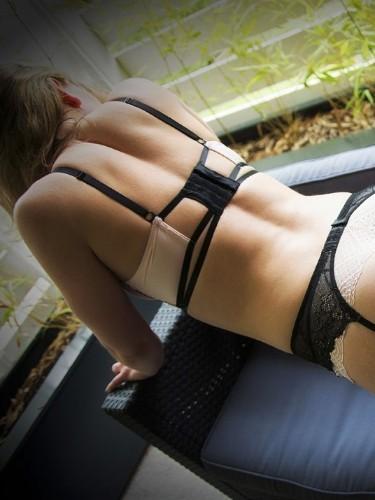 Sex advertentie van escort Sophie (25) in Beekbergen - Foto: 4