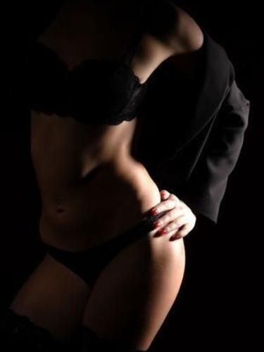 Sex advertentie van escort Dina (22) in Breda - Foto: 2