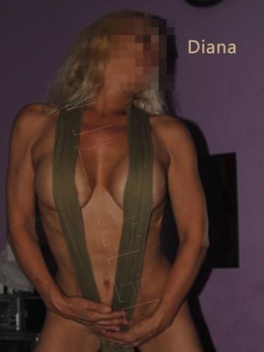Sex advertentie van MILF escort Diana (48) in Rotterdam - Foto: 6