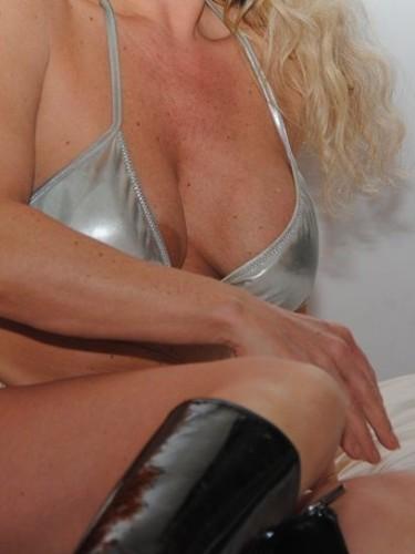 Sex advertentie van MILF escort Diana (48) in Rotterdam - Foto: 2
