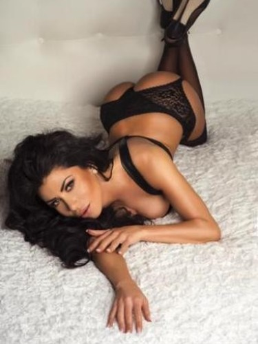 Sex advertentie van escort Ariel (22) in Amsterdam - Foto: 2