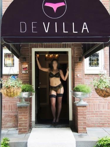 Sex advertentie van escort Emma (26) in Beekbergen - Foto: 2