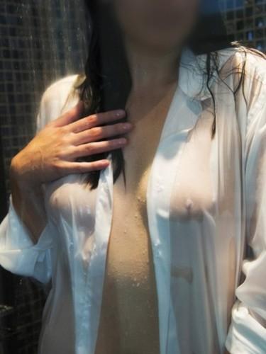 Sex advertentie van escort Emma (26) in Beekbergen - Foto: 1