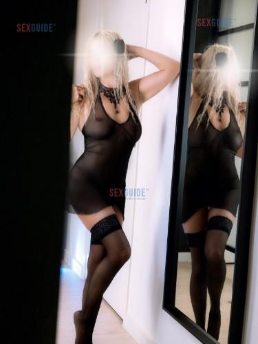 Sex advertentie van escort Kinga (35) in Alphen a/d Rijn - Foto: 4