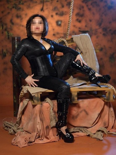 Sex advertentie van kinky meesteres escort Meesteres Samantha in Valkenswaard - Foto: 3