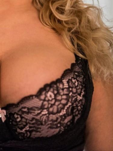 Sex advertentie van escort Lonneke (43) in Boxmeer - Foto: 3