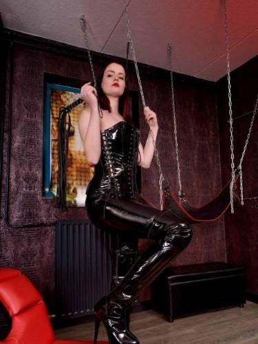 Sex advertentie van kinky meesteres escort Mrs Alexa (23) in Utrecht - Foto: 4