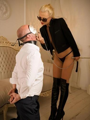 Sex advertentie van kinky meesteres escort Agonia (33) in Almere - Foto: 6