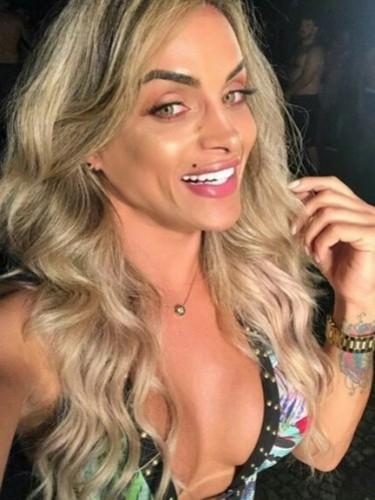 Sex advertentie van escort shemale Leslie (24) in Eindhoven - Foto: 1