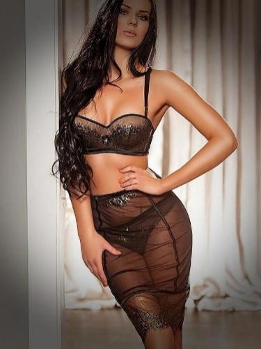 Sex advertentie van escort Hellen (21) in Den Haag - Foto: 1