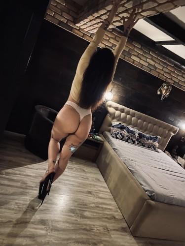 Sex advertentie van kinky escort Karla (24) in Maastricht - Foto: 3