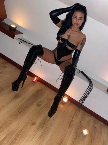 Sex advertentie van kinky meesteres Valentina (23) in Den Haag - Foto: 3